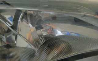 Замена габаритной лампы Форд Фокус 2 рестайлинг