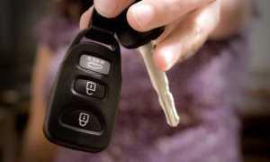 Замена батарейки в ключе Тойота Камри v50 — рассмотрим развернуто