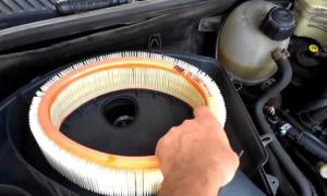 Рено Логан замена воздушного фильтра — рассмотрим в общих чертах